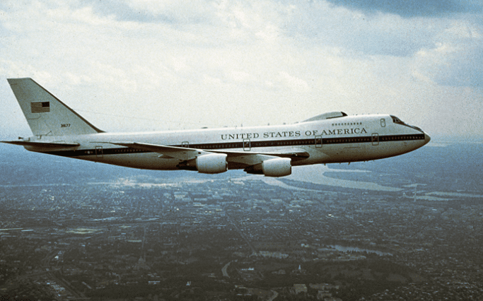 An Inside Look At The U S Military S Doomsday Plane That Can